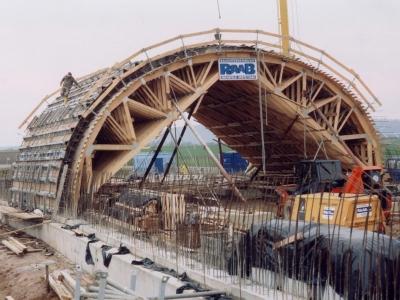 debnenie väzníkov strechy krovy výroba montáž 6.jpg