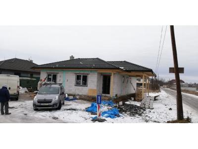 Košice_01_krovy_strechy_väzníky_priehradové_drevené_výroba_montáž_rodinný_dom_preprava_nadrozmer_hydraulická_ruka_22.jpg